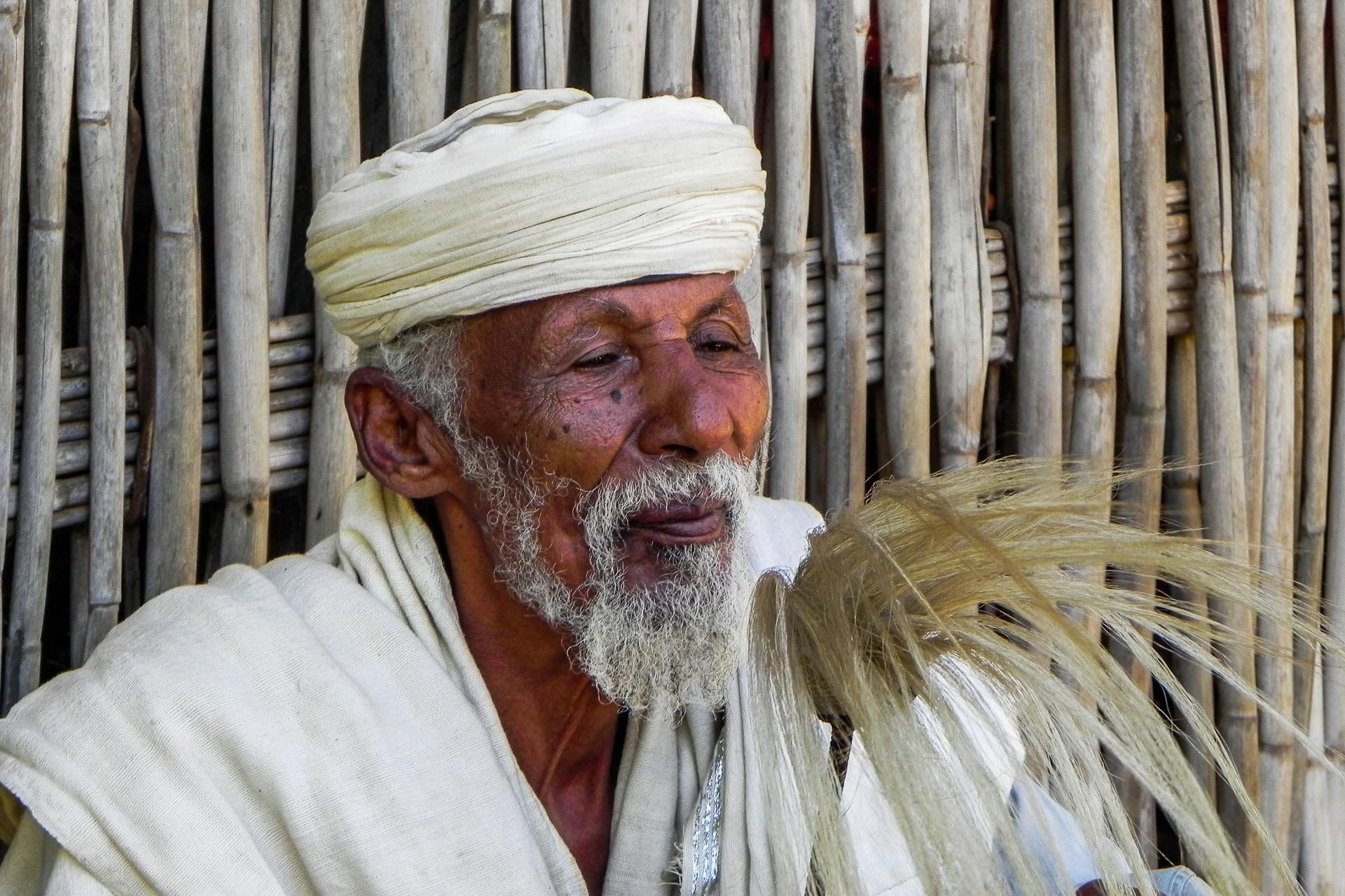 1-PRINT             Ethiopian Priest